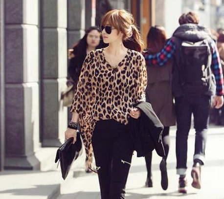 Korean Version New Loose Short V-neck Short in Front Long Leopard Chiffon Long Sleeve Shirts a1004